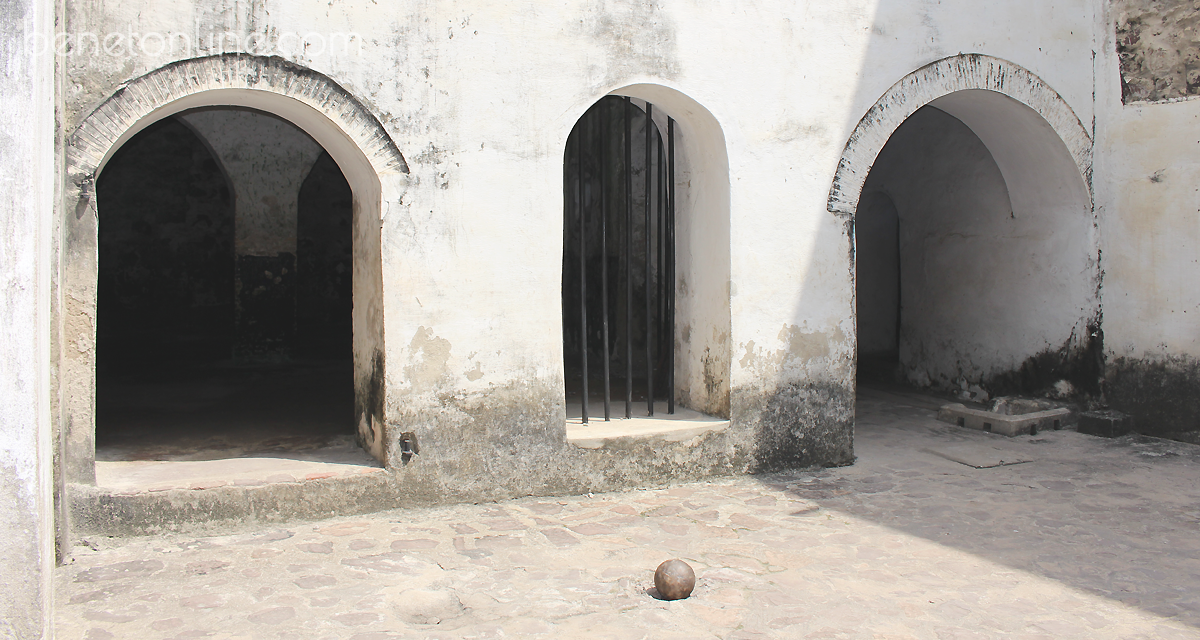 Canon Ball Elmina Castle
